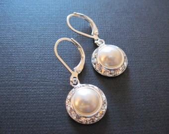 Swarovski Crystal Pearl Earrings/Bridesmaid Earrings/Pearl Earrings/ Pearl Jewelry/ Bridesmaid Gift/Wedding Jewelry/Cream Pearl Earrings