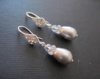 Swarovski Crystal Pearl Earrings/ Pearl Bridesmaid Jewelry/ Grey Pearl Earrings/ Crystal Pearl Earrings/Swarovski Pearl Bridesmaid Earrings