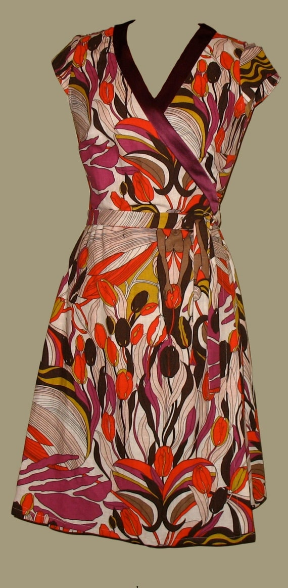 SALE. Wrap Dress in Colorful Tulip-Print Trimmed with Burgundy Silk.  Fabic & Colorblocked Dress.