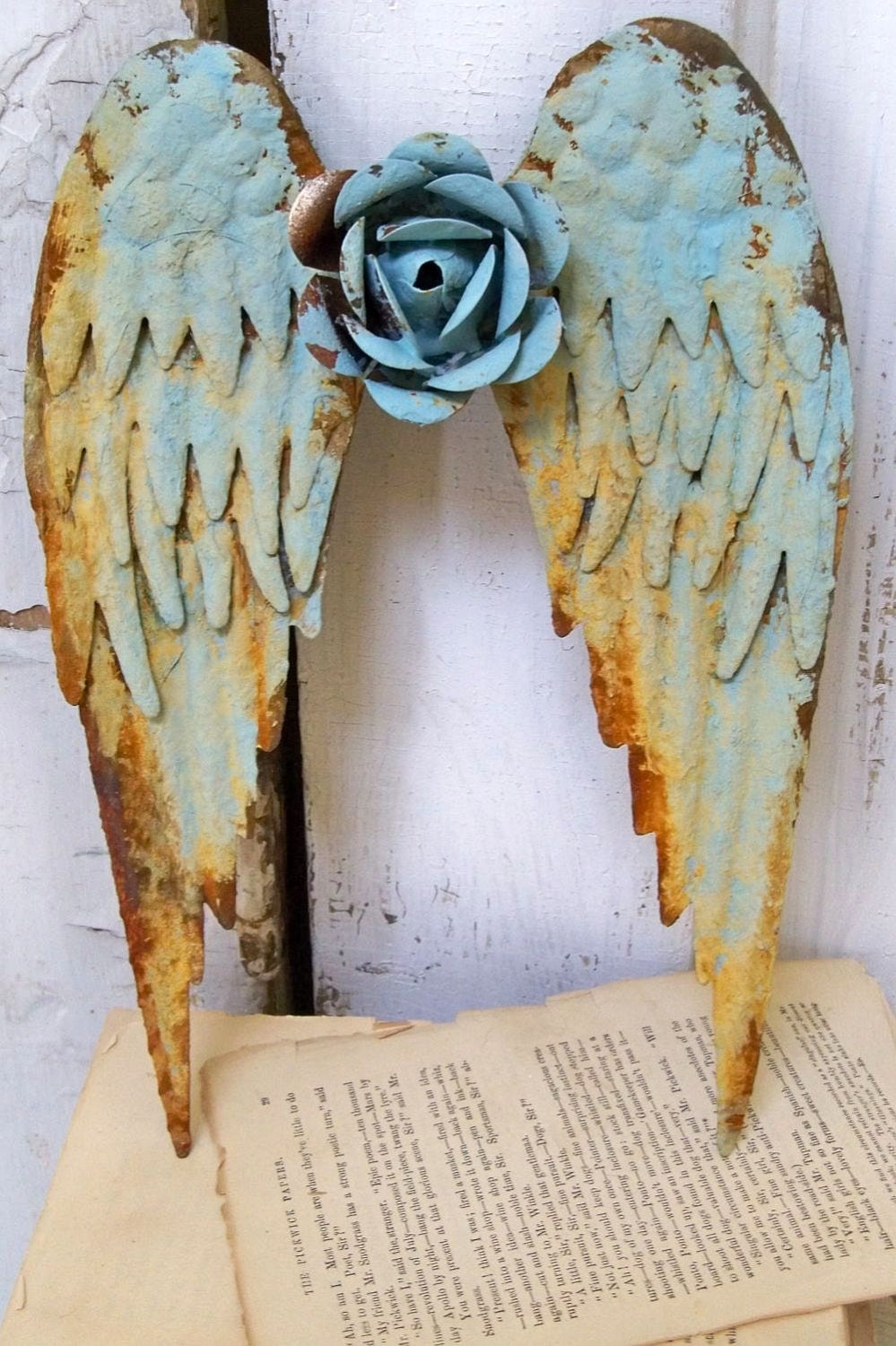 Metal angel wings wall sculpture shabby chic rusty blue for Angel wall decoration