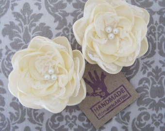 Bridal Ivory Flower Pin Set of 2 Flowers. Bridal Hair Accessory.