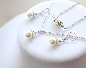 Ivory Pearl Necklace, Earrings, Bracelet Set - Bridesmaids - Wedding Gift - Simple - Bridal Gifts