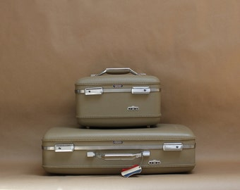 Vintage American Tourister Suitcase- Taupe with Green Interior- Retro Travel Accessories