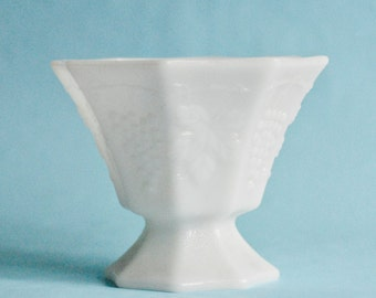 Milk Glass Vintage Vase, Wedding Perfect