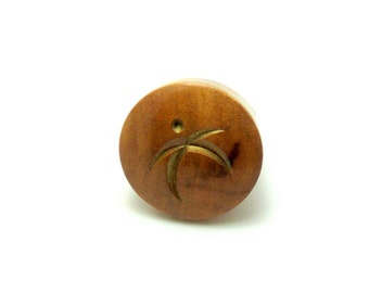 Pale Ash Wood Ring w/ Engraved Figure