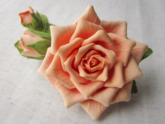 Hair barrette polymer clay flower. Cream rose with buds on a barrette.