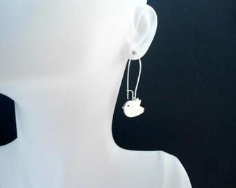 Tweet bird kidney wire earring , swallow bird earring , silver bird earring , long bird earring , small birdie earring