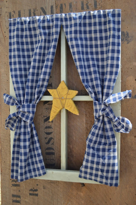 Country Window Frame Wall Hanging with Rag Star by BishopsHollow