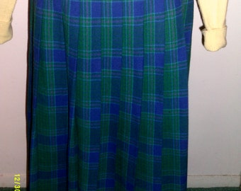 Vintage Pendleton Wool Pleated Skirt, 8 Miss, Made in USA, Pendleton Skirt 8, Schoolgirl Skirt 8,  Pleated Wool Skirt 8, Green Plaid Skirt 8