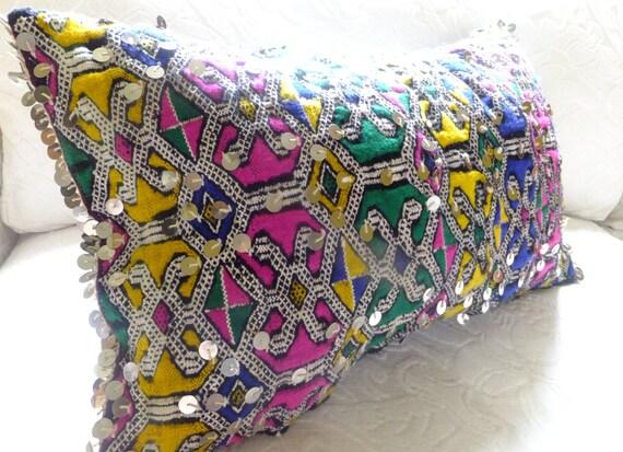 housse de coussin marocain oreiller berb re par boutiquemaroc. Black Bedroom Furniture Sets. Home Design Ideas