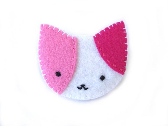 Pink cat brooch, calico cat jewelry, animal pin, kawaii jewelry