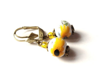 Earrings Sunflower yellow white porcelain