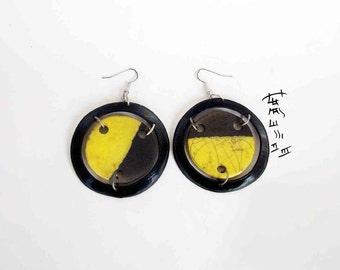 earrings raku in vinyl - earrings ceramic raku yellow in crown records