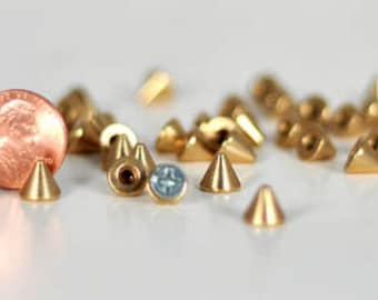 7mm bright brass screwback cone spikes. Bag of 20. Leathercraft or glue-on StudsAndSpikes