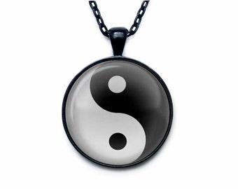 Yin yang pendant, Yin yang jewelry yin yang necklace for man white black