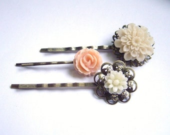 Flower hair clip set of 3 bronze