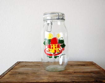 vintage farmhouse canning jar / 2 Liter Ermetico Glass Jar / vintage food storage / Yellow Red Green / Carlton USA / urban cottage