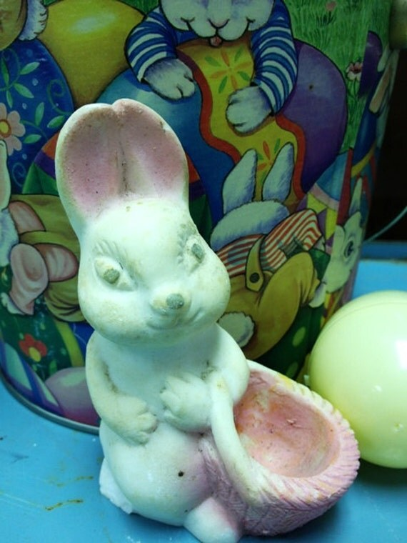 Mother Bunny with Easter Basket, 1950's Vintage Easter Rabbit, Pink Mama Bunny, Carnival Prize, Figurine