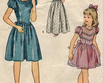 1940s Simplicity 1477 Vintage Sewing Pattern Girls Party Dress Formal Dress Size 10