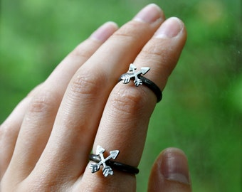Crossed Arrows Silver Friendship Ring or Knuckle Ring