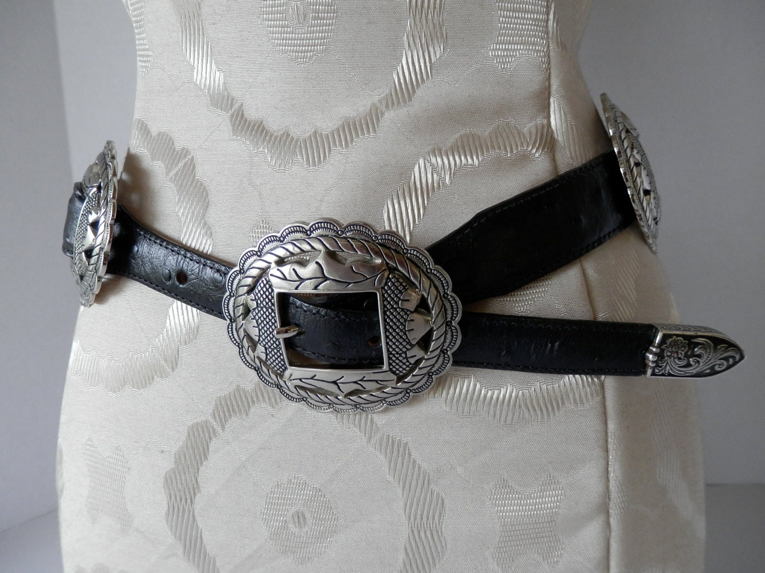 Acorn Concho Belt Black Ostrich Embossed Leather Size 31
