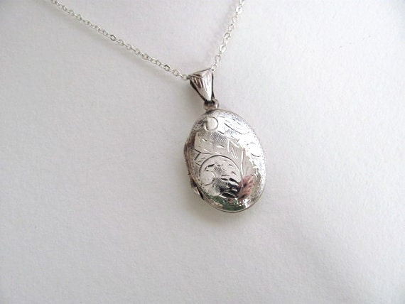 Sterling silver oval vintage photo locket, engraved on silver chain