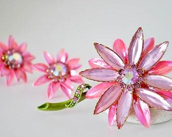 Pink Rhinestone Daisy Brooch and Earrings