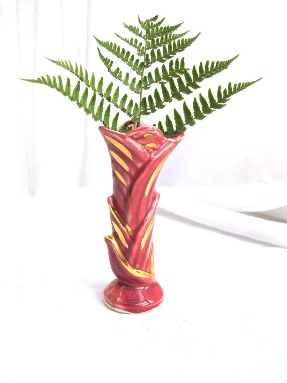 Vintage Vase//Mid Century//Art Deco// Raspberry //Gold //USA made from Tessiemay