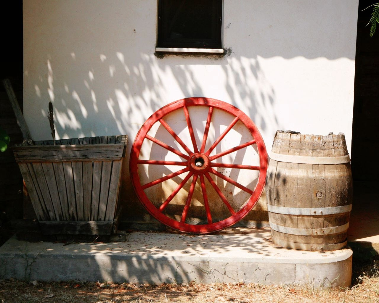 rustic home decor red wagon wheel photograph by vitanostra