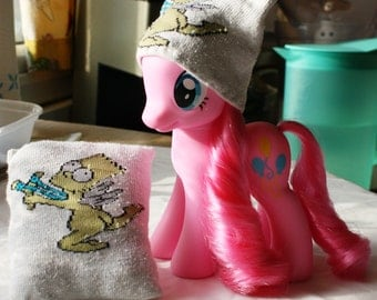 My Little Pony Fashion Style Custom Wear - Beanie and Pillow Set - Bart Simpson
