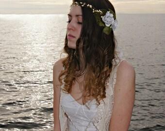Flower Crown , bridal flower crown , Pine cone rose crown , flower hair wreath , Wire vine crown , rustic wreath , vine crown