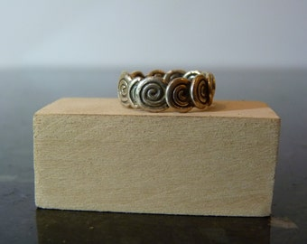 SALE Vintage Silver Ring with Overlapping Swirls