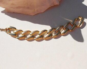vintage chunky bracelet a Napier bracelet in chunky metal chain links 1980s vintage jewelry