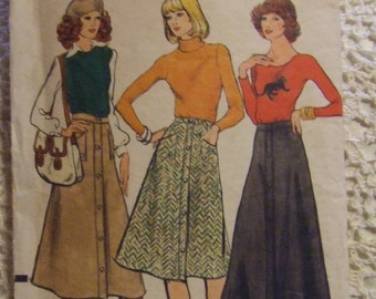 Vogue Pattern no. 9022   size  24  For ladies Skirt Short and Long