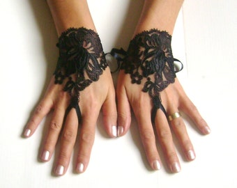 Black lace gloves free ship 251