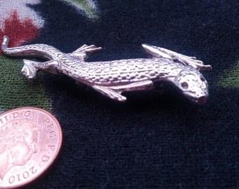 Silvertone Lizard Brooch