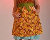 On sale/retro apron/paisley/adjustable neckline/fun and sassy/women aprons