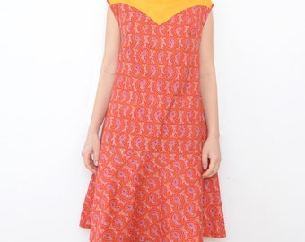 Vintage red triangle paisley swing dress