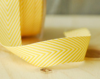 """Chevron Ribbon in Yellow and White Stripes .75"""" Wide May Arts Ribbon 5 Yards"""