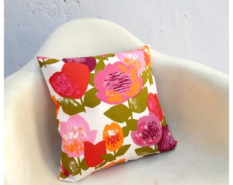 Pillow Case Cover - 16 Inch Size - Vintage Bold Floral Fabric -