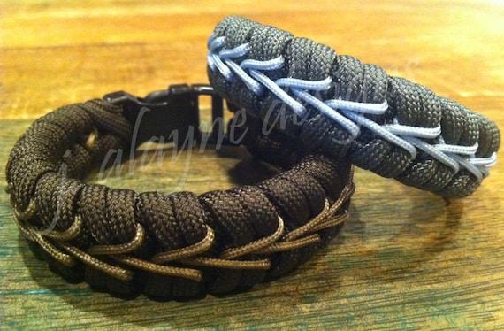 Fishtail With Center Stitch Paracord Survival Bracelet