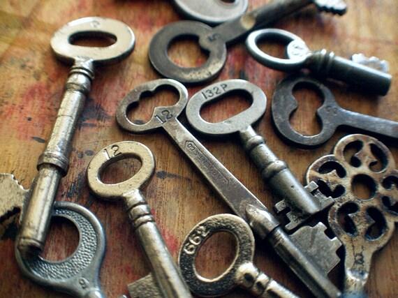 Numbered Antique Skeleton Key // CUSTOM