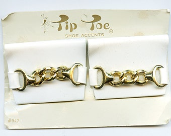 Vintage WHITE with GOLD CHAIN  Shoe Clips 1970s Retro Large  new old stock.