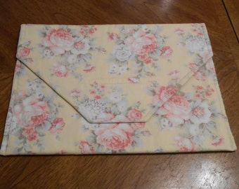 A Shabby Chic project tote