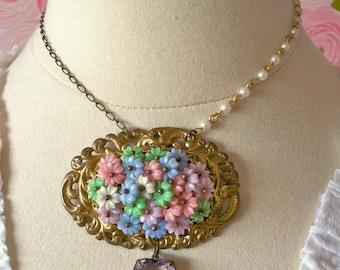 Adsila - Vintage Necklace