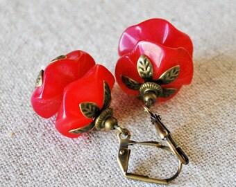 Fuchsia Wavy Gemstone Earrings in Antiqued Bronze