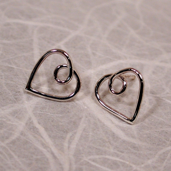 Sterling Silver Heart Earrings Heart Jewelry Dainty Studs 11x11 by SARANTOS