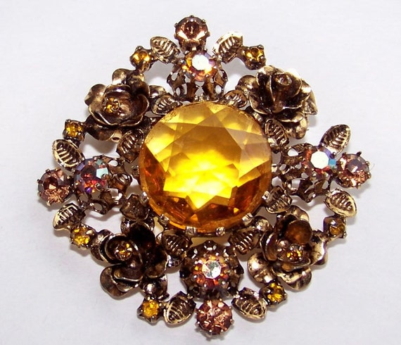 Brooches And Pins - Page 2 of 8 - Antique Jewelry