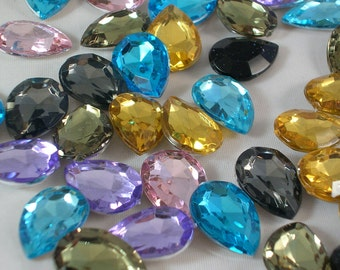 SALE 18x13mm Faceted Rhinestone Drop Cabochon 20pc (AB85)