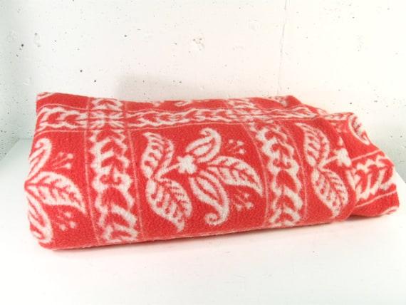 Vintage blanket, pink satin trim retro twin blanket, picnic blanket